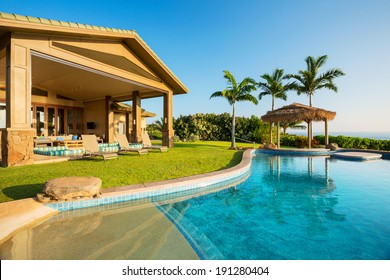 Luxury home with swimming pool, Tropical Villa Resort
