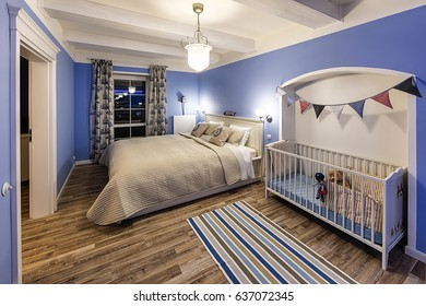 Luxury Hotel Bedroom with the children bed