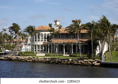 Luxury house on millionaires row new river, known as the isles fort Lauderdale florida America usa taken in march