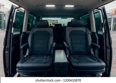Fotos, imágenes y otros productos fotográficos de stock sobre Van