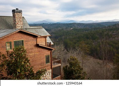 Luxury log cabin in the Blue Ridge Mountains