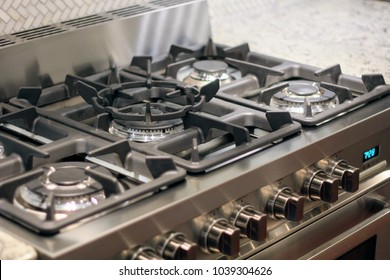Luxury Modern Kitchen with Stainless Gas Stove