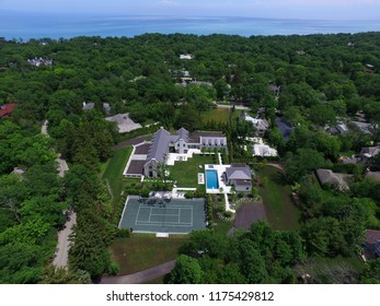 Luxury real estate along Chicago's North Shore. Highland Park. Aerial photography