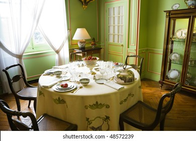 Luxury table setting  from Cheverny Chateau, France