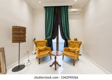 Luxury wainting room in dental hospital