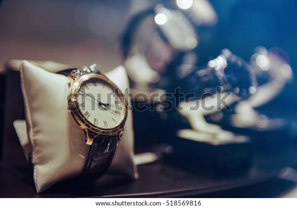 Роскошные часы