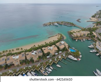 Luxury Yacht club, Villas, boats and beaches