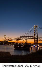 Hercílio Luz Bridge, Florianópolis, State of Santa Catarina
