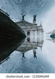 Lviv. Opera. Reflection in water