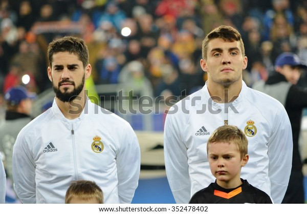 ¿Cuánto mide Mateo Kovacic? - Altura - Real height Lviv-ukraine-oct-25-mateo-600w-352478402