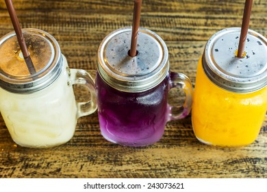 Lychee juice, Blue pea with limeand honey, Orange juice.