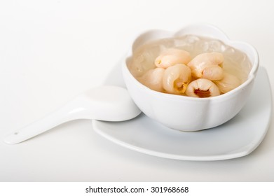 Lychees in syrup,