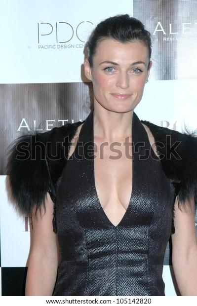 Lyne Renee Britweek Designer Year Fashion Stock Photo Edit Now 105142820