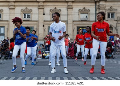"""LYON, FRANCE, June 21, 2018 : Dancing on Place des Terreaux. With free demonstrations through the city from June to September, """"Fetons l'été"""" (Let us celebrate the summer) liven up the summer period."""
