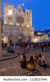 """LYON, FRANCE, June 21, 2018 : Waiting for the show in front of the Cathedral. With free demonstrations from June to September, """"Fetons l'été"""" (Let us celebrate the summer) liven up the summer period."""