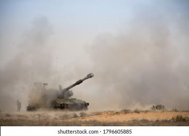 M109 howitzer 155 mm firing in IDF training