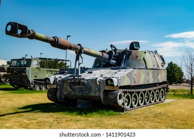 A m109 self-propelled howitzer on display