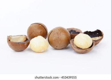 Macadamia nuts Or nuts (Equipment in the shell.) has a reputation as beans are delicious, but high prices have been popular in the processed or used as an ingredient in various dishes.
