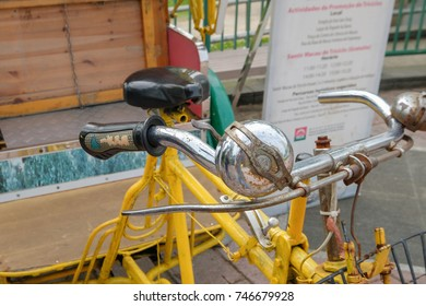 MACAO, CHINA - OCT 20 : Old rickshaw (tricycle) is the vintage transportation of Macau on October 20 2017.