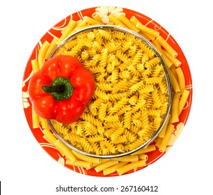 Macaroni on plate with red pepper