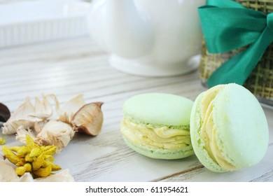 Macaroons with tea pot