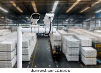 Machine Learning analytics identify person technology , Artificial intelligence concept. Cctv , security camera and Software ui analytics behavior and face recognition people in smart factory.