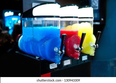 machine for making ice slushy drinks with three different tastes