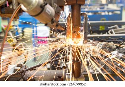 Maschinenbaumuttern Automobilindustrie