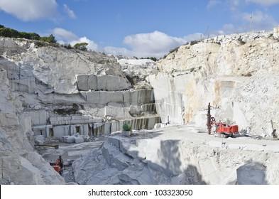 machinery in a granite quarry in cadalso de los vidrios, madrid