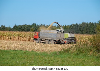 Machinery for harvesting corn. Corn for electricity.