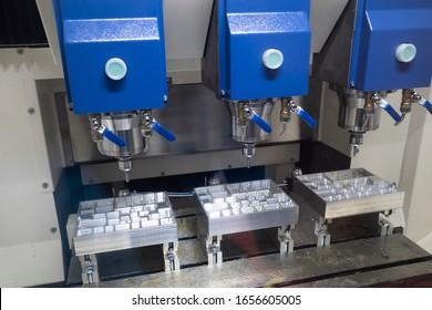 Präzisionsteil für die Bearbeitung durch CNC-Bearbeitungszentrum, Werkzeug-, Stanzen- und Hochpräzisionsteil für die Automobilindustrie