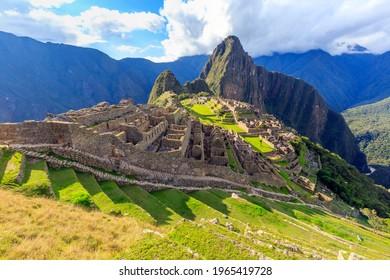Machu Picchu, a 15th-century Inca citadel on a mountain ridge above the Sacred Valley, Machupicchu District, Urubamba Province, Cusco Region in the Eastern Cordillera of southern Peru.