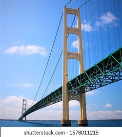 Mackinac suspension bridge in Michigan