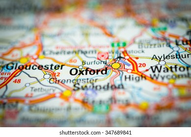 Macro view of Oxford, United Kingdom on map. (vignette)