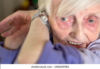 macular degeneration makes life difficult so this speaking wrist watch helps by audibly telling you the time. for visually impaired people.