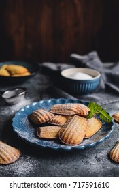Madeleine - homemade traditional French small cakes