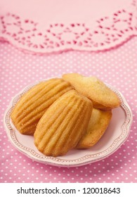 Madeleine on a pink plate