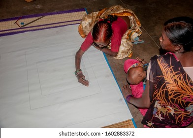 Madhubani folk painting making woman from Bihar at work. Exposed at a Folk art workshop held in CIRCA 2010