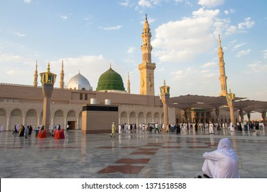 Madinah - Saudi Arabia: 2 September 2018. A portrait of love and longing. Masjid Nabawi or Prophet Mosque.