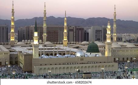 MADiNAH , SAUDi ARABiA  -  Madinah Al Munawwarah