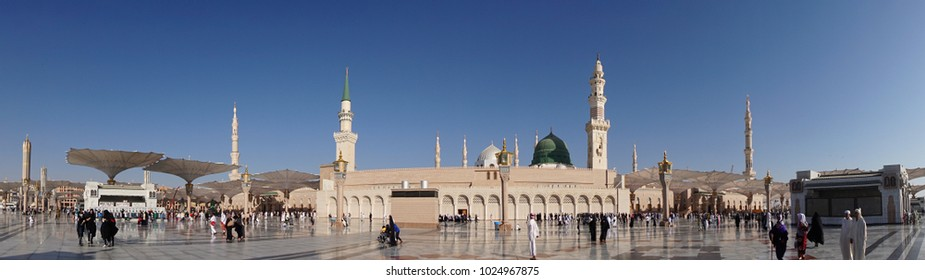 Madinah, Saudi Arabia - circa March 2017: Clear morning at the holy Nabawi Mosque (Mosque of the Prophet Muhammad) during umrah pilgrimage. The Green Dome can be clearly viewed from the south.