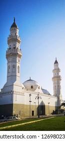 MADINAH , SAUDI ARABIA - OCTOBER 16, 2018: A view of Quba Mosque in the evening in Madinah, Saudi Arabia on October 16, 2018.