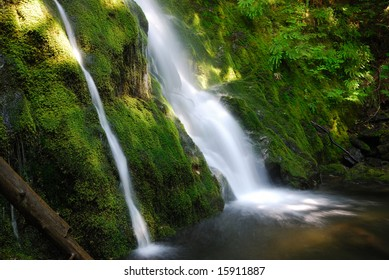 Madison Falls in Olympic National Park in Washington State, USA