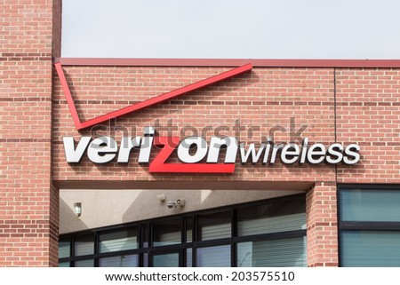MADISON, WI/USA - JUNE 26, 2014:  Verizon Wireless retail store. Verizon Wireless is a wholly owned subsidiary of Verizon Communications, Inc.