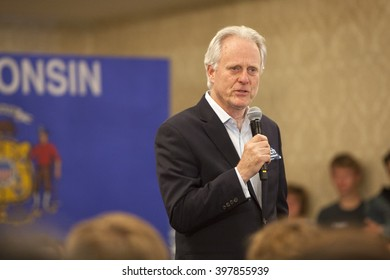 MADISON, WI/USA - March 28, 2016: Former Republican House Representative Scott Klug speaks on behalf of Republican presidential candidate John Kasich during a town hall before the Wisconsin primary.