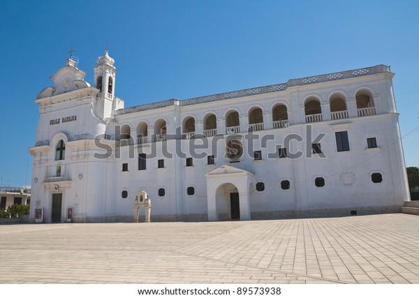 madonna-del-pozzo-sanctuary-basilica-600
