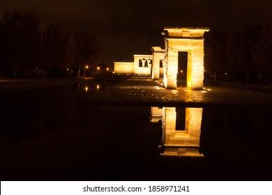 Madrid by night Templo de debod