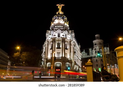 MADRID - JANUARY 3: Edificio Metropolis building located on Gran Via in Madrid on January 3, 2012 in Madrid Spain. It is an office building and a popular tourist attraction in the Spanish capital city