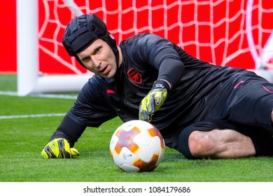 MADRID - MAY 3: The goalkeeper Petr Cech plays at the Europa League Semi Final match between Atletico de Madrid and Arsenal at Wanda Metropolitano Stadium on May 3, 2018 in Madrid, Spain.
