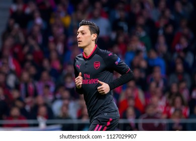 MADRID - MAY 3: Mesut Ozil plays at the Europa League Semi Final match between Atletico de Madrid and Arsenal at Wanda Metropolitano Stadium on May 3, 2018 in Madrid, Spain.